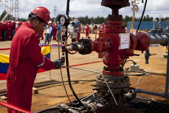 Крупнейшие месторождения нефти: в какой стране добывается нефть