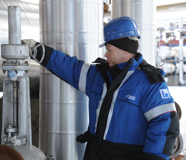 Светлые нефтепродукты: программы по экономии нефти