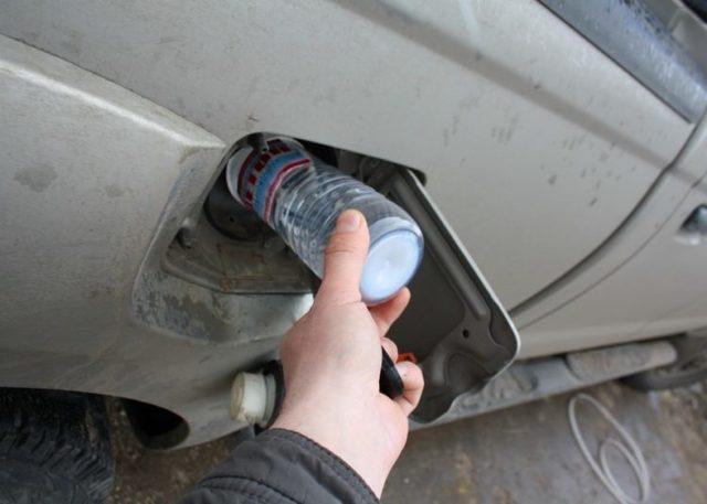 Ацетон в бензин