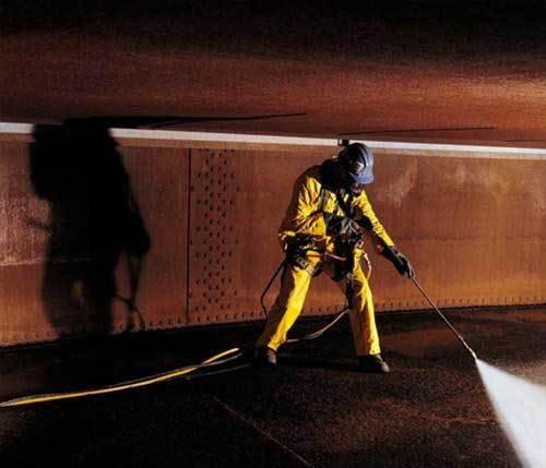 Баки для нефтепродуктов: чистка ёмкостей, подземные ёмкости