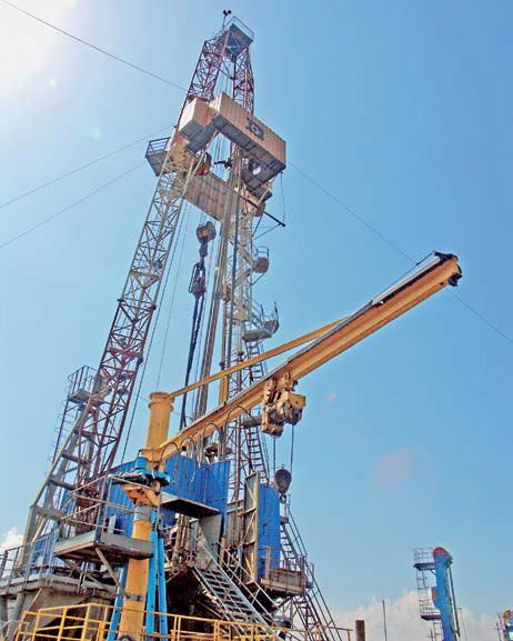 Нефть и наклонное бурение нефтяных скважин: буровые установки