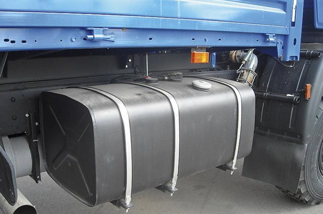 Бак для бензина: конструкция и как чистить ёмкость
