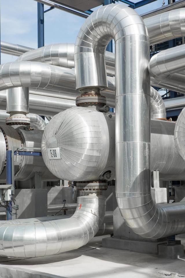 Теплообменник в нефтепереработке: характеристики, конструкция